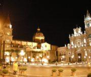 Acireale,_piazza_del_duomo2